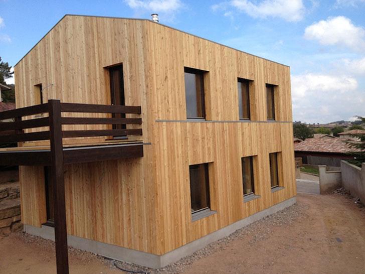 Casa con aislamiento de madera que obtiene la certificación Passivhaus.