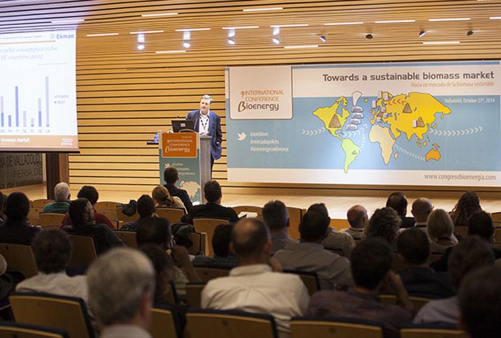 Ponencia durante el Congreso Internacional de Bioenergía 2014.