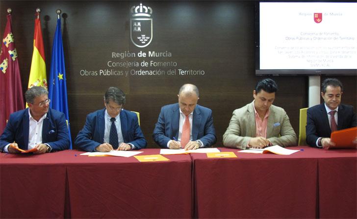 Firma de adhesión al sistema SivMurcia.