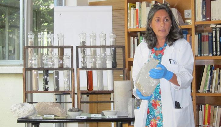 Isabel Rodríguez Henche, directoria del Laboratorio de Lafarge.