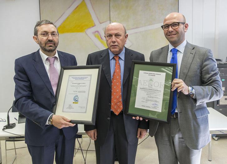 Recogida del certificado de evaluación de Huella de Carbono.