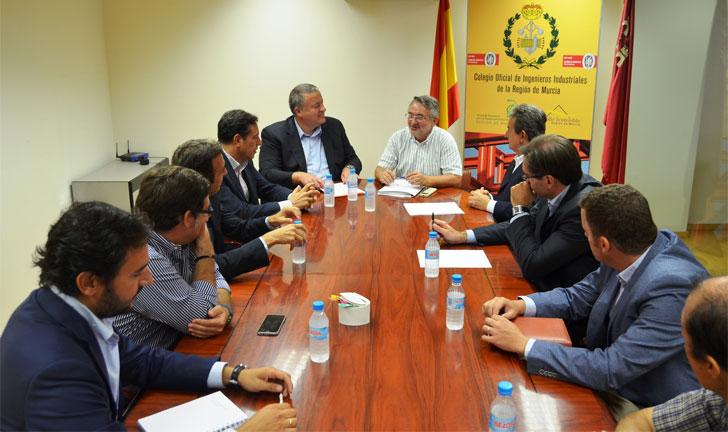 Reunión del consejero de Fomento con el decano y la Junta Directiva del Colegio de Ingenieros Industriales de la Región de Murcia.