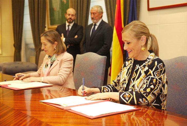Ana Pastor y Cristina Cifuentes se adhieren al Plan Estatal de Fomento de Alquiler.