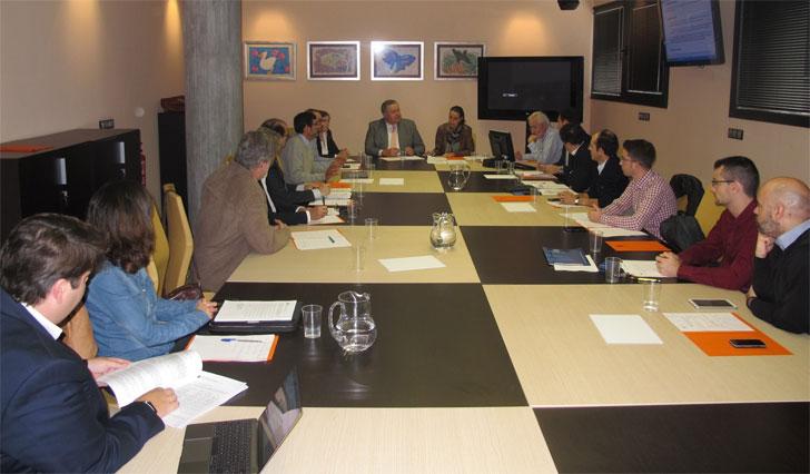 Francisco Bernabé preside la reunión del Grupo de Trabajo de Planeamiento del Libro Blanco de la Construcción.