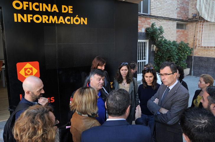 Reunión de los vecinos con el Alcalde de Murcia.
