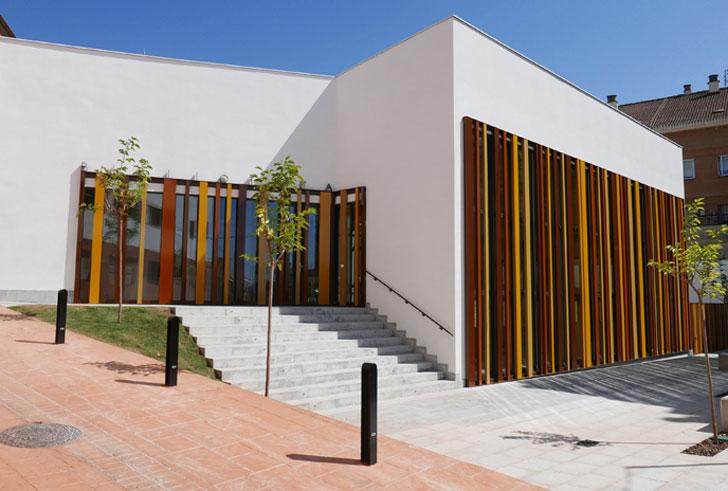 Biblioteca pública de Villamediana de Iregua.