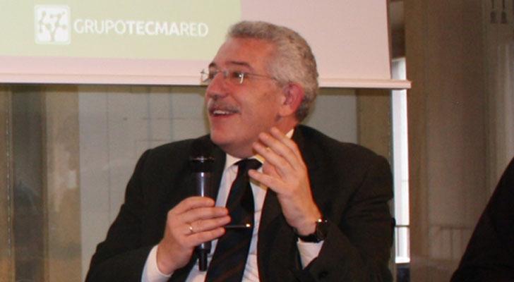 Luis Vega.