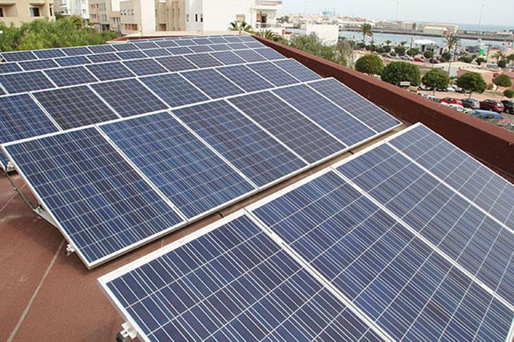 Placas fotovoltaicas en Canarias.