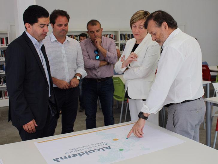 Reunión sobre la firma del convenio de rehabilitación de Alcoy.