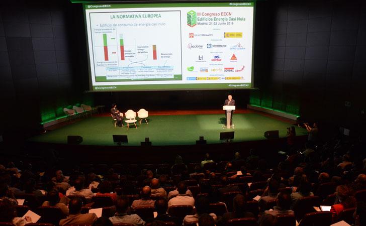 Luis Vega,Ministerio Fomento en III Congreso Edificios Energía Casi Nula