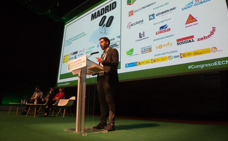 Integrantes de la conferencia magistral de Viviendas de Consumo Casi Nulo.