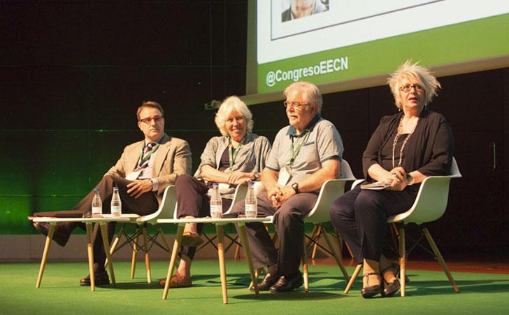 Mesa redonda sobre cómo generar demanda de EECN-estrategias dirigidas al ciudadano-usuario.