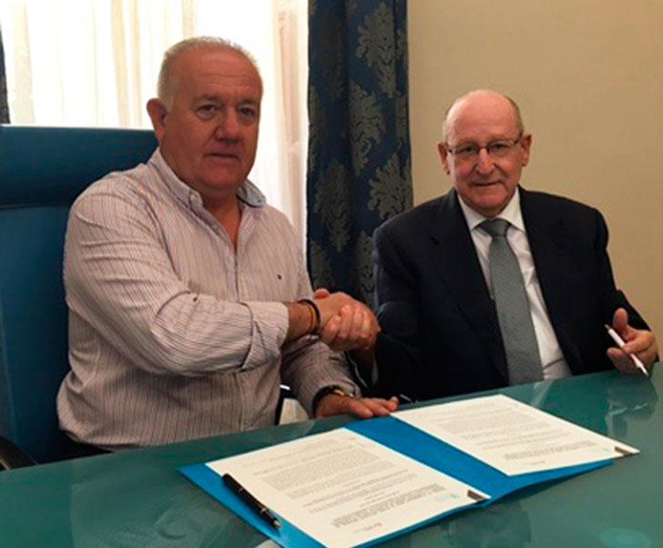 Firma del acuerdo entre la Diputación de Alicante y Fundación Laboral para acciones formativas para el sector de la construcción.