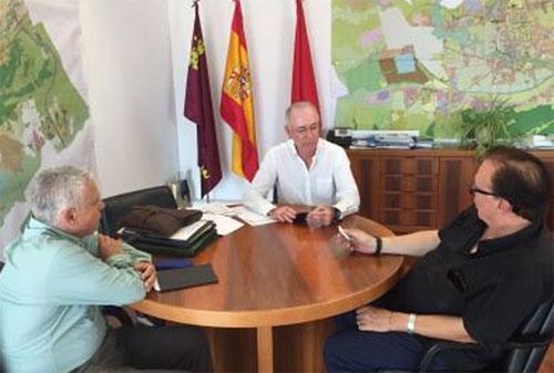 Firma del acuerdo para dibujar el mapa de ruido de Murcia.
