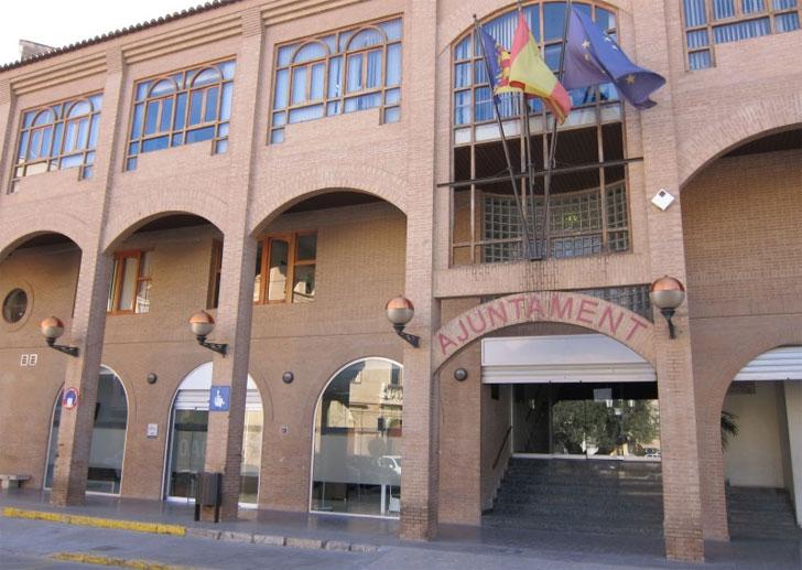 El Ayuntamiento de Lliria firma el convenio de Rehabilitación de su caso antiguo.