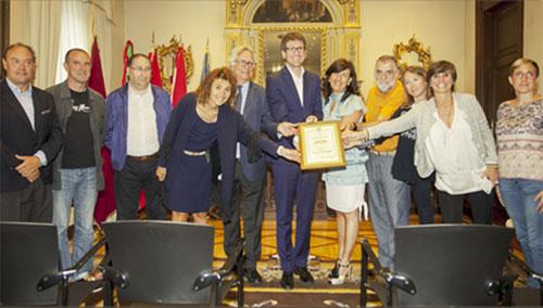 Vitoria-Gasteiz recibe la certificación Destino Turístico Sostenible.