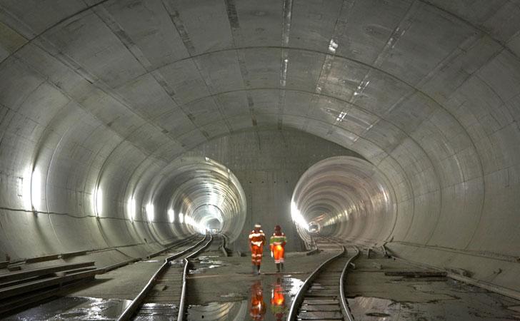 Túnel de Base de San Gotardo construido con productos Sika.