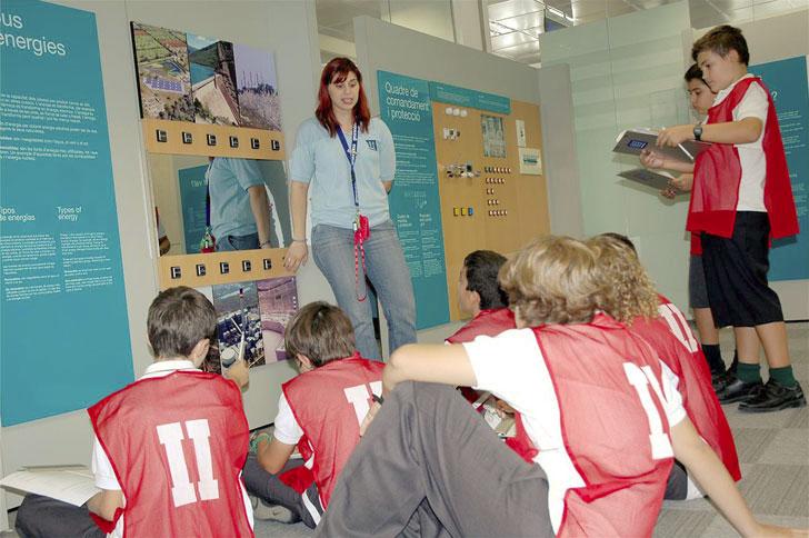 Los escolares asisten a actividades de divulgación y concienciación ambiental