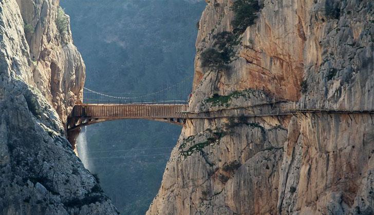 Puente del Caminito del Rey rehabilitado.