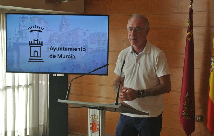 El concejal de Urbanismo de Murcia anuncia que el Consistorio medirá la huella de carbono de sus actividades.