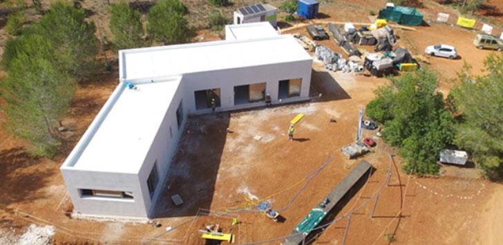 Vivienda Can Tanca, situada en Ibiza, ultima la construcción del edificio más sostenible del mundo.