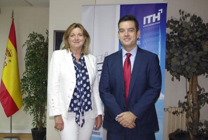 Firma del convenio de calidad acústica de ITH y Audiotec.
