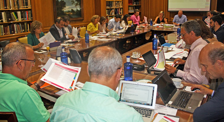 El Comité Técnico del III Congreso Smart Grids durante la selección de Comunicaciones