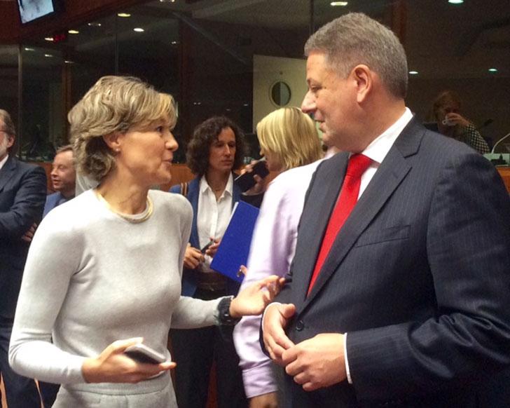 La ministra Isabel García Tejerina asegura que España votará a favor de que la UE ratifique el Acuerdo de París.