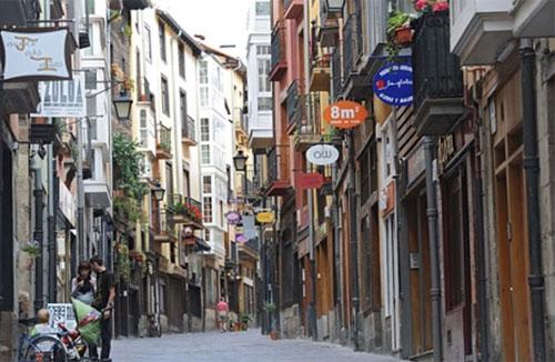 Calle Correría en la que se rehabilitará un edificio en el marco del proyecto ENERPAT-SUDOE.