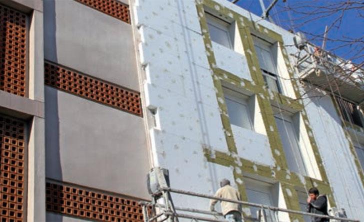 El paquete de invierno de la CE contempla entre las medidas la renovación de edificios.