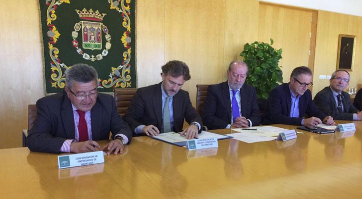 Firma del acuerdo en Andalucía para agilizar los Procedimientos Urbanísticos.