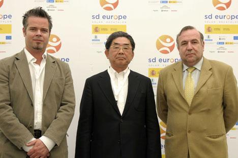los 3 miembros del jurado: Senka Morioka, Luis Basagoiti y Garry Palmer.