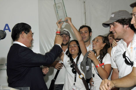 Los ganadores del Primer Premio, la universidad CEU Cardenal Herrera