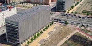 Factores arquitectónicos y optimización energética en edificios de oficinas en Madrid. Horizonte 2020-50. A partir de los resultados Proyecto TOBEEM