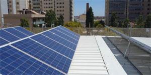Rehabilitación y ampliación del centro cívico de Can Portabella de balance energético neto
