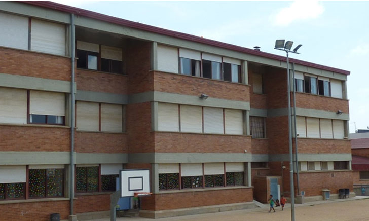 Rehabilitación de equipamientos públicos municipales con criterios EECN. Escuela el Garrofer