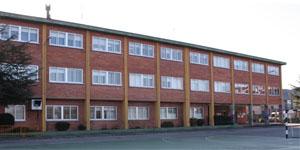 Rehabilitación energética de centros escolares. Estrategias para alcanzar edificios rehabilitados de consumo casi nulo en zonas climáticas C1, C2 y D1
