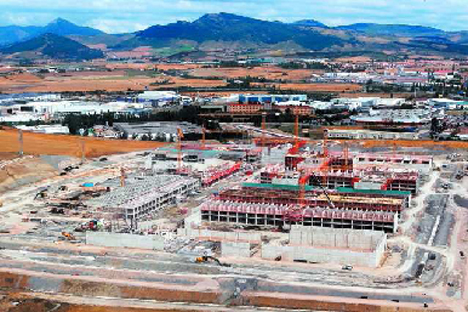 Centro penitenciario de Pamplona 10.000 m2 de panel prefabricado con sistema CHRYSO®Flexo