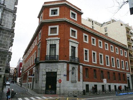 Detalle del edificio existente en Paseo de Recoletos 30