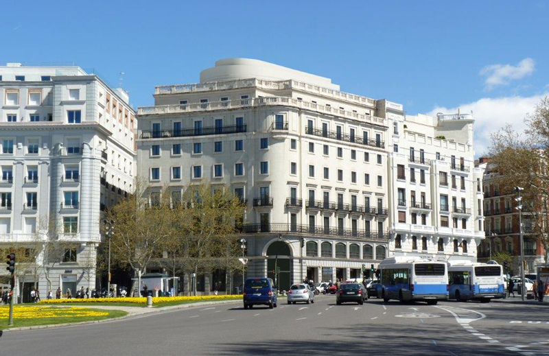 el edificio madrile o plaza de la independencia 6 opta a