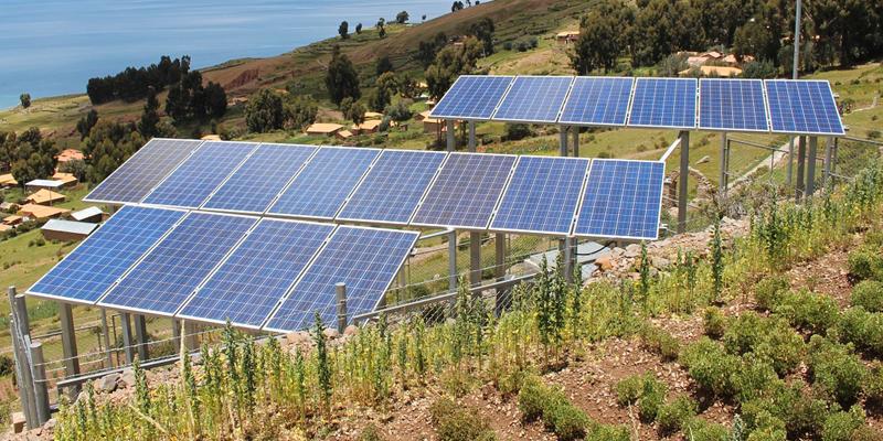 Se impartirán cursos de divulgación sobre los beneficios de la energía solar fotovoltaica y el autoconsumo para concienciar a jóvenes y adolescentes escolares en Cataluña.