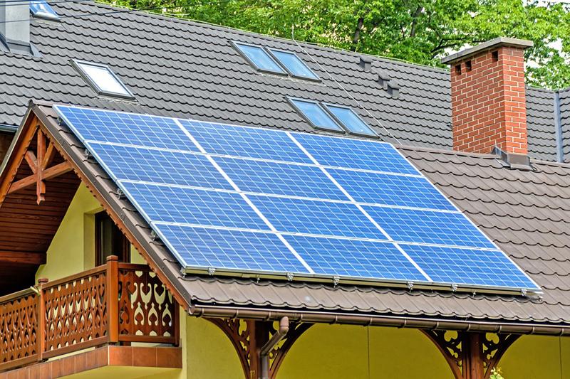 Se proponen revisiones de las fuentes de energía renovable.
