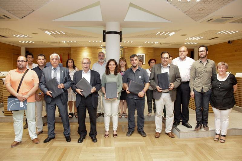 Firma de la Alianza de Municipios del Sur para lograr losobjetivos de desarrollo sostenible para el año 2030.