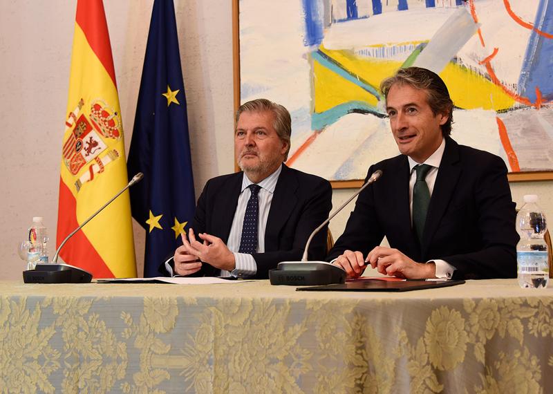 Íñigo Méndez de Vigo eÍñigo de la Serna.