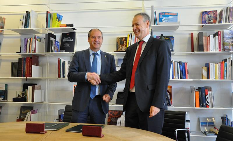 Acuerdo firmado entreGas Natural Fenosay la Universidad de Vigopara ampliar y reforzar su Cátedra e impulsar nuevos proyectos de innovación.