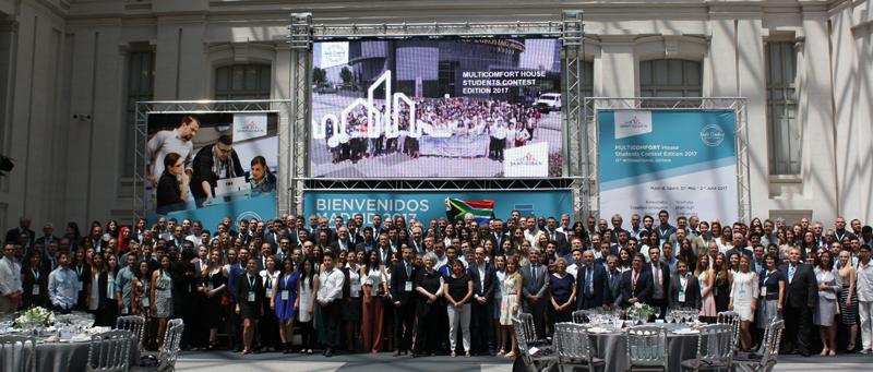 Asistentes al Concurso Multi -Confort House ISOVER de Arquitectura de Estudiantes de Saint-Gobain