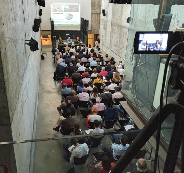 Más de 100 personas asistieron a la presentación del IV Congreso de Edificios de Energía Casi Nula en el Ministerio de Fomento.