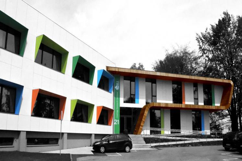 "Edificio del proyecto ""Paint it Green""."