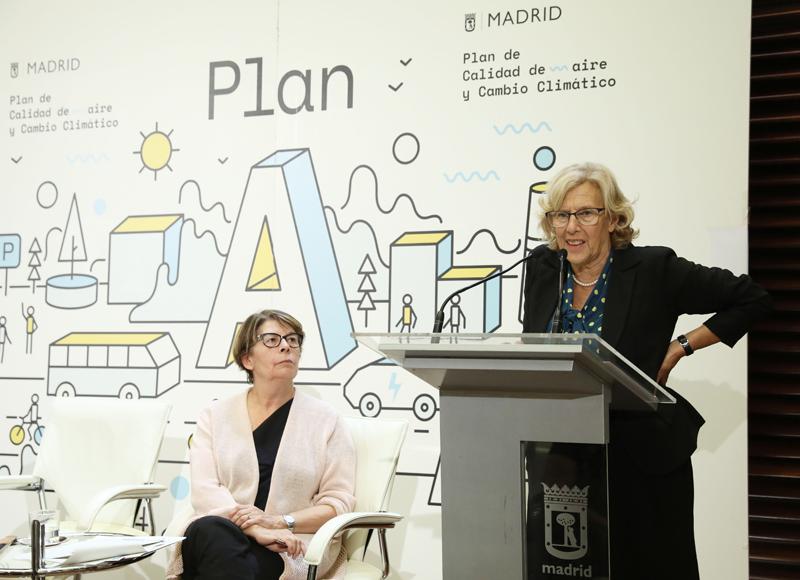 Manuela Carmena en la rueda de prensa presentación Plan A de Calidad del Aire y Cambio Climático.