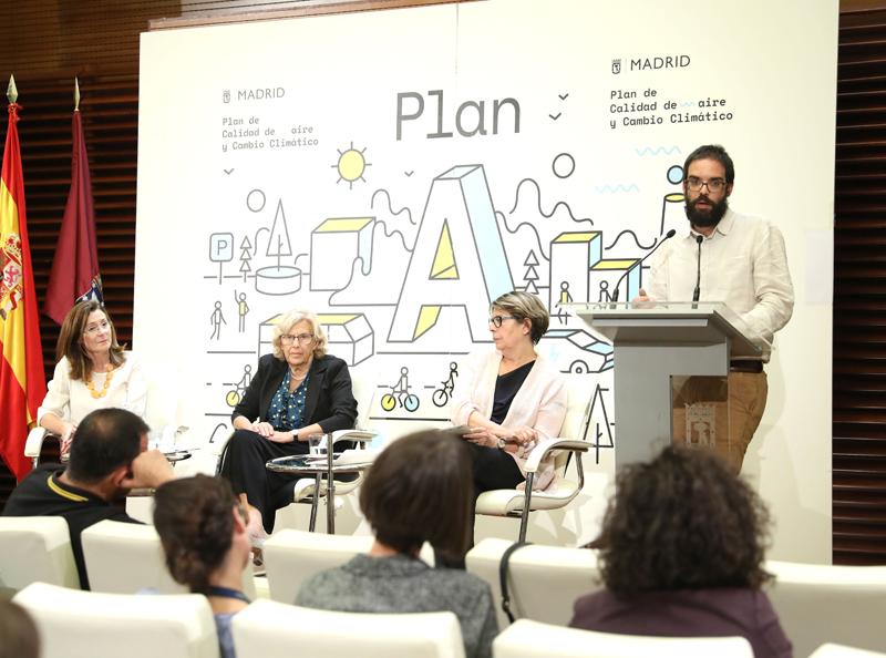 Álvaro Fernández Heredia en la rueda de prensa presentación Plan A de Calidad del Aire y Cambio Climático.